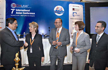 Bangalore 03/02/2011 : Justice Santosh Hegde, Lokayuka, Ursula Widmer, Immediate Past President & Co-Chair ITechLaw, Sajai Singh, Co-Chair ITechLaw, Sandra Jeskie, President - ITechLaw, Rajiv Patel, Co-Chair ITechLaw at the ItechLaw's 7th International Conference held in Bangalore. Photo: K. Gopinathan